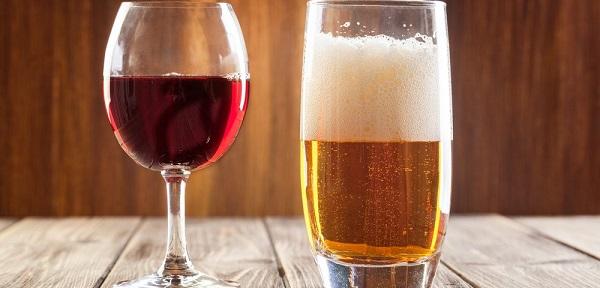 bị tàn nhang không nên uống rượu bia