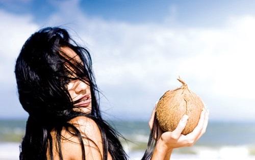 dầu dừa có thể thay kem chống nắng tự nhiên được không