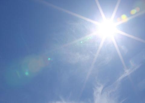 nám da sau sinh do ánh nắng mặt trời