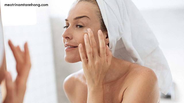 Cách sử dụng kem dưỡng da AHC Flash Whitening Cream