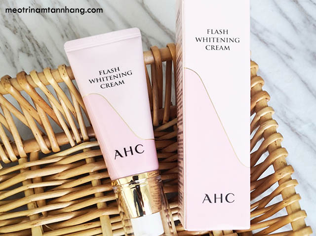 Reviews kem dưỡng da AHC Flash Whitening Cream